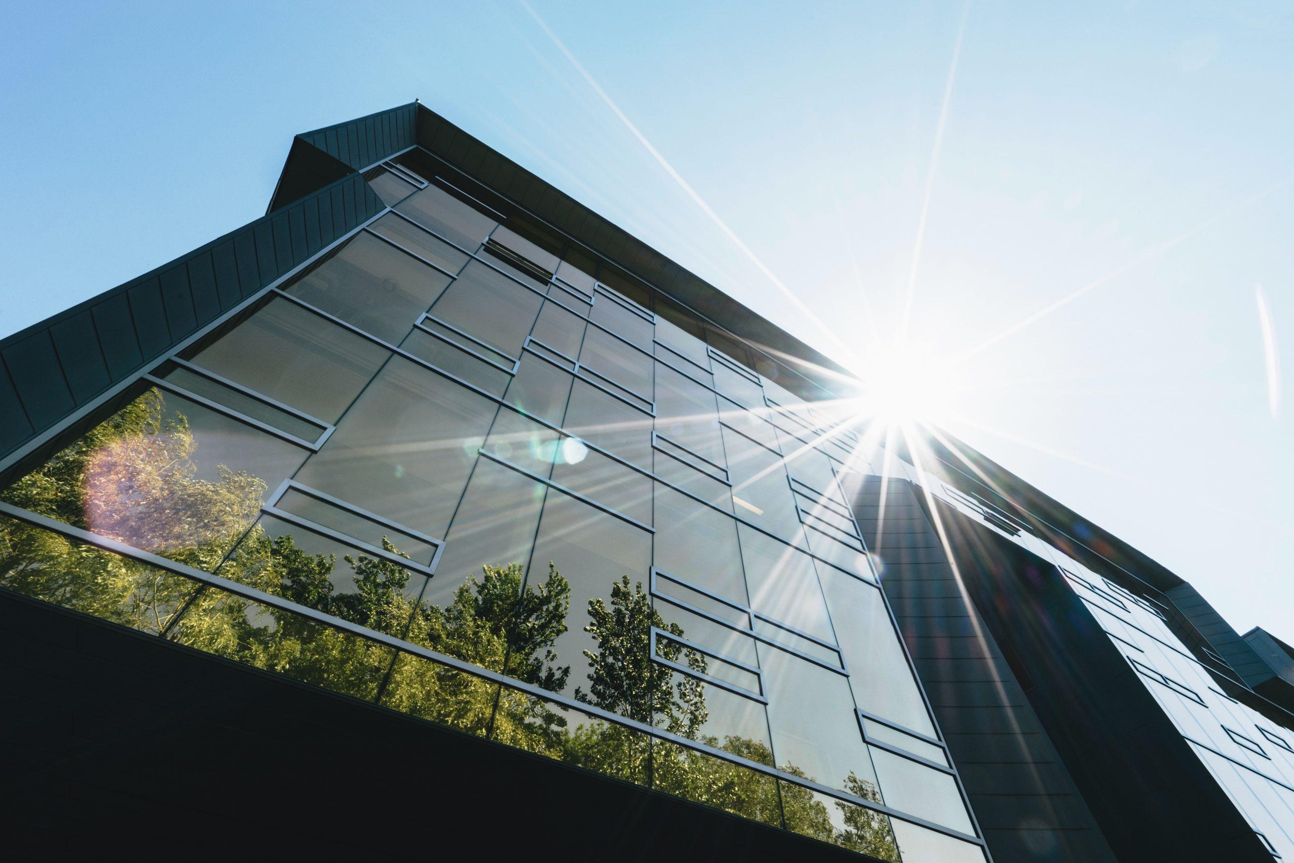 Noves tecnologies per edificis més eficients i respectuosos amb el medi ambient